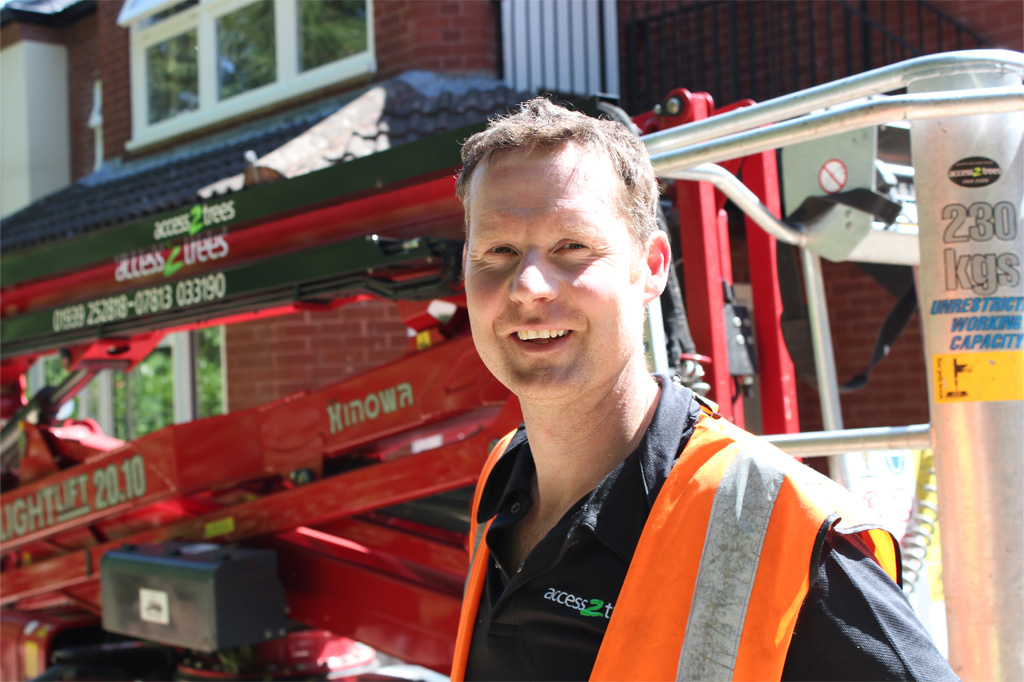 "Hinowa productivity and safety ""exceptional"" says arborist"