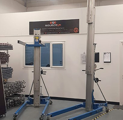 Hire specialist turns to APS for Genie material lift investment