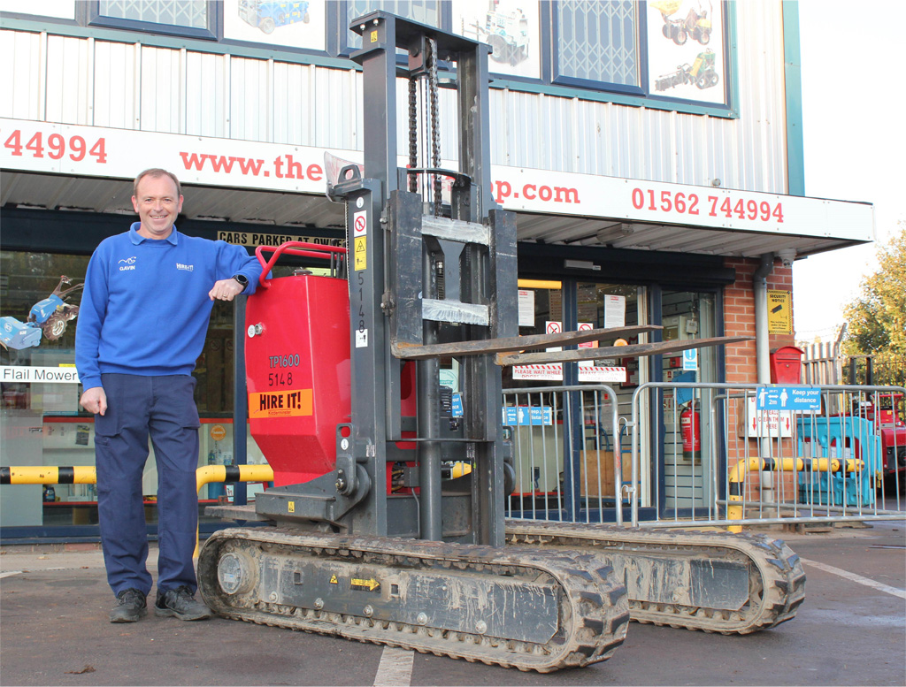 Hire It shows you can solve it with a Hinowa forklift