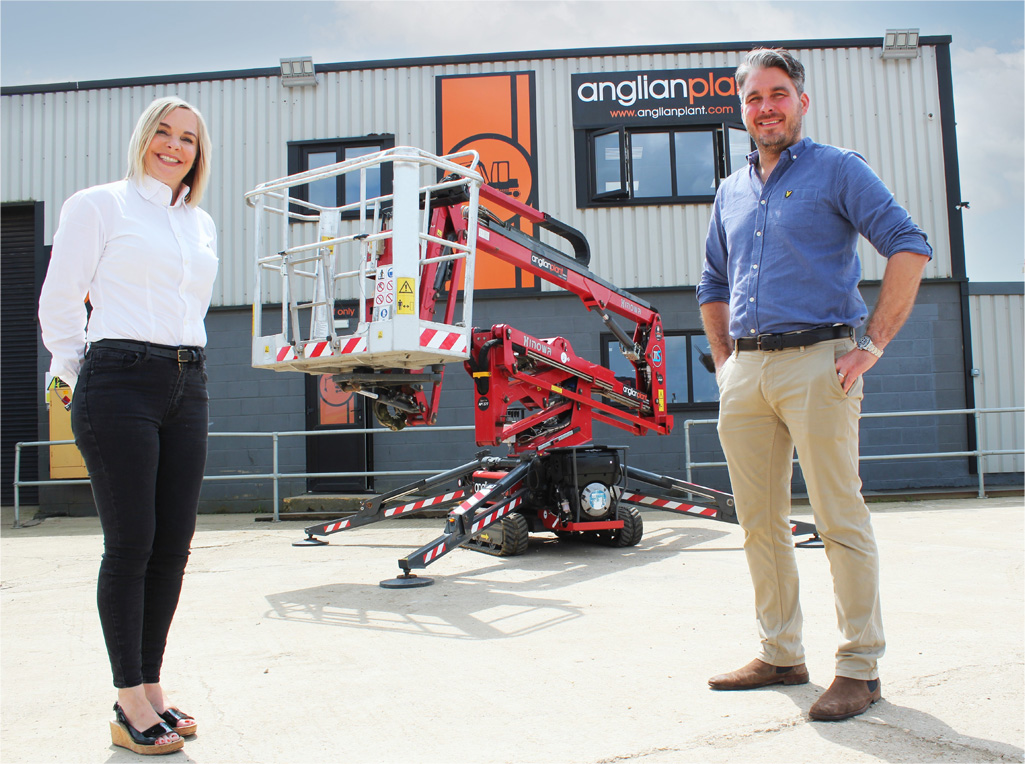 Ambitious plant specialist selects Hinowa spiders for growth