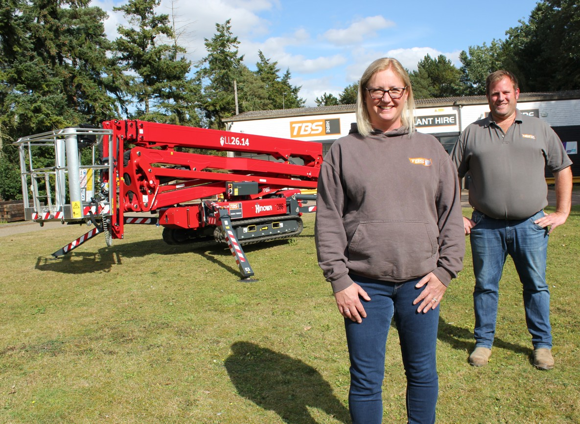 Hire specialist goes up in the world by expanding Hinowa fleet
